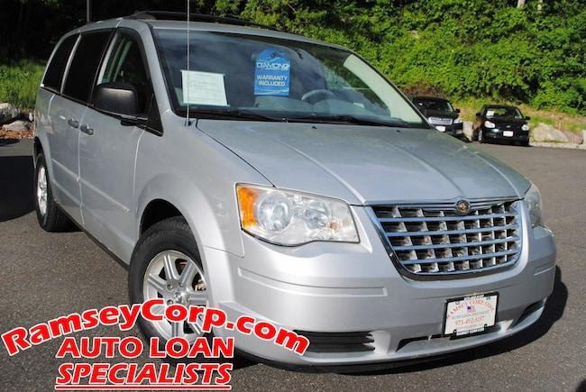 2008 Chrysler Town & Country LX 3.3 Van