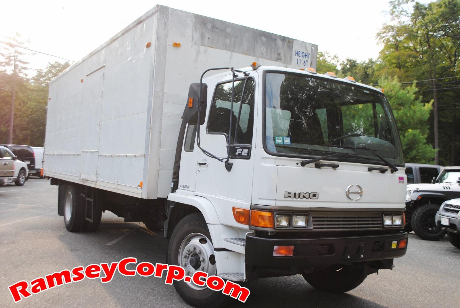 2002 HINO FE2620 Diesel Truck