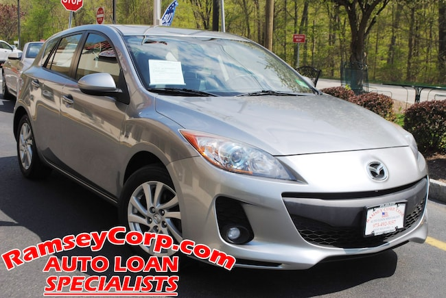 2012 Mazda Mazda3 i Touring  2.0 Hatchback
