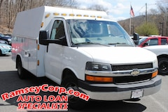 2010 Chevrolet Express Cutaway Work Van 6.0 Truck