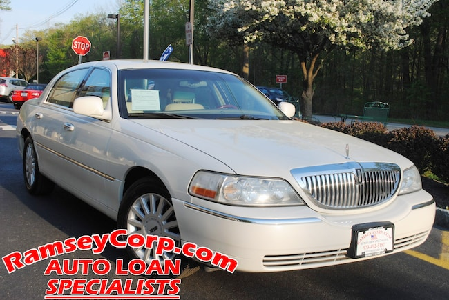 Used 2005 Lincoln Town Car For Sale At Ramsey Corp Vin