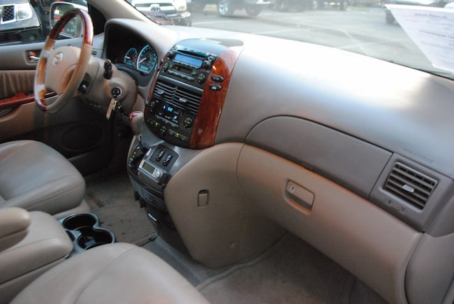 2004 Toyota Sienna XLE Limited 33 Van