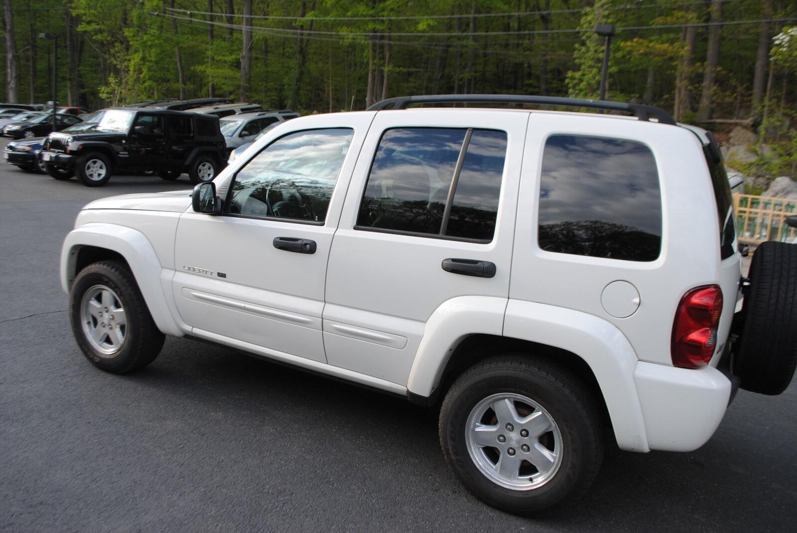 ... 2002 Jeep Liberty Limited Edition 3.7 SUV ...