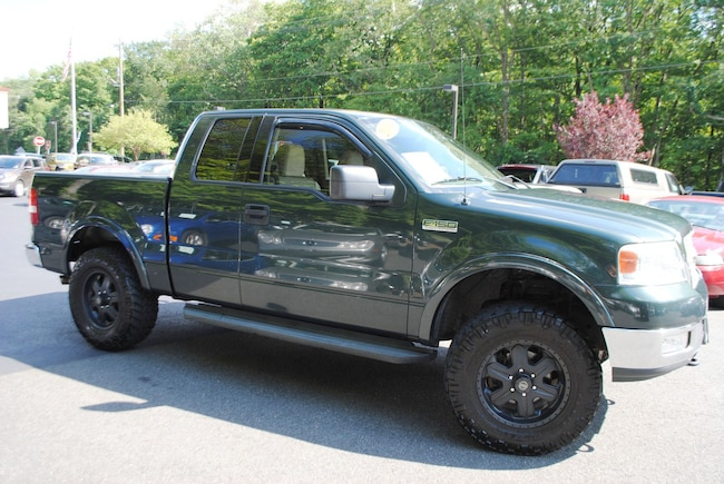2004 ford f150 xlt 5.4 triton towing capacity
