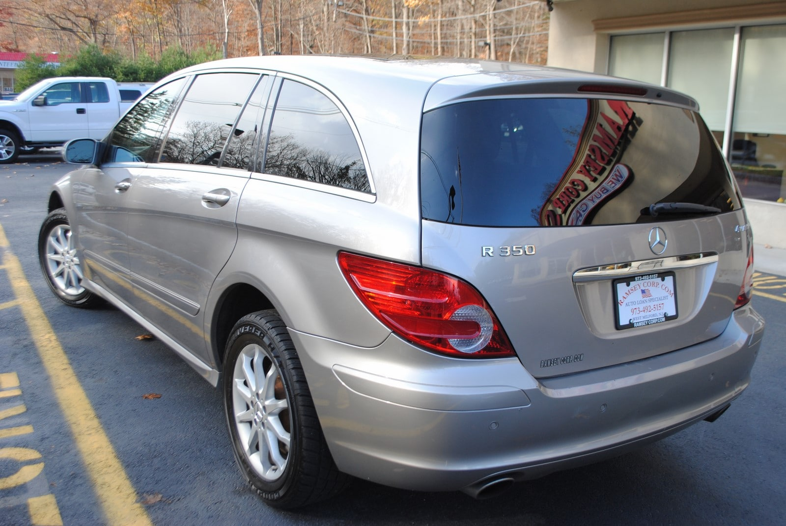 used 2007 mercedes benz r class for sale west milford nj rh ramseycorp com 2007 Mercedes R350 MPG 2007 R 350 Mercedes with Chrome Rims