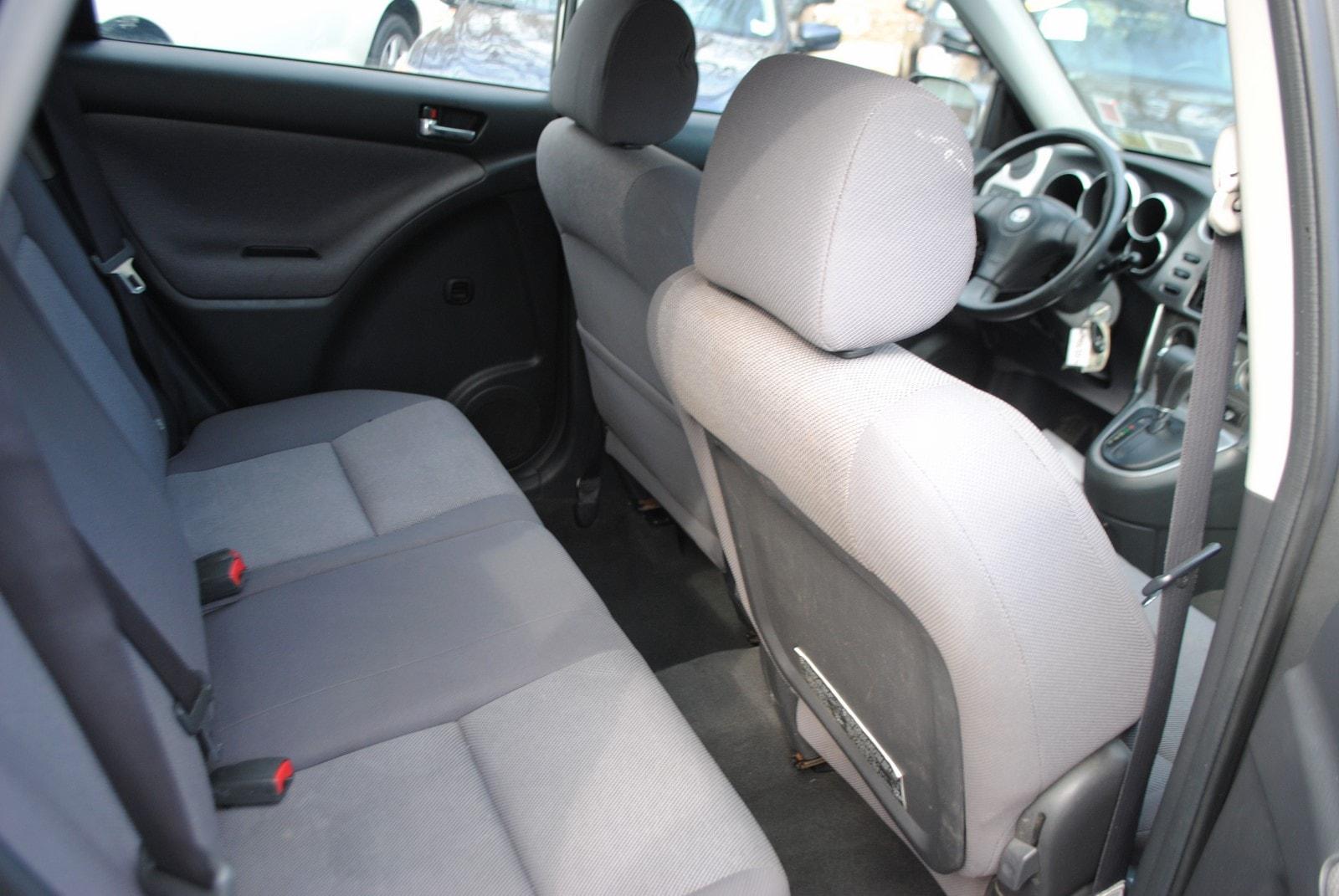 ... 2004 Toyota Matrix XR 1.8 Hatchback ...