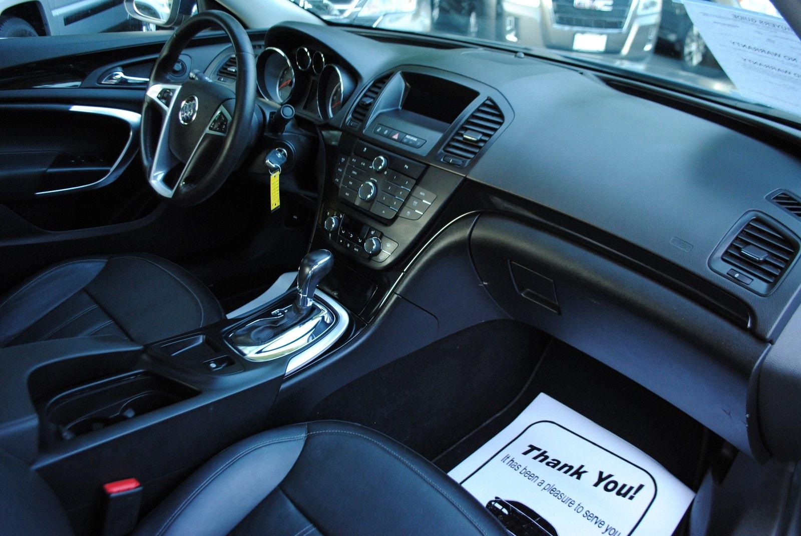 Buick Regal: Manual Mode