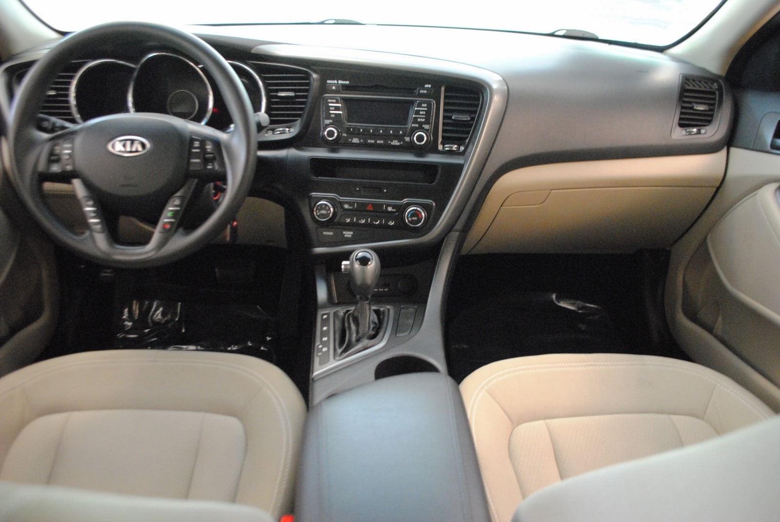 ... 2011 Kia Optima LX 2.4 Sedan ...