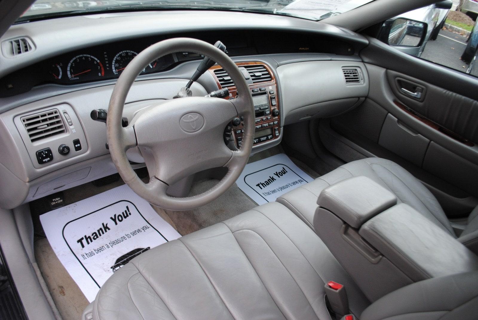 ... 2001 Toyota Avalon XLS 3.0 Sedan ...