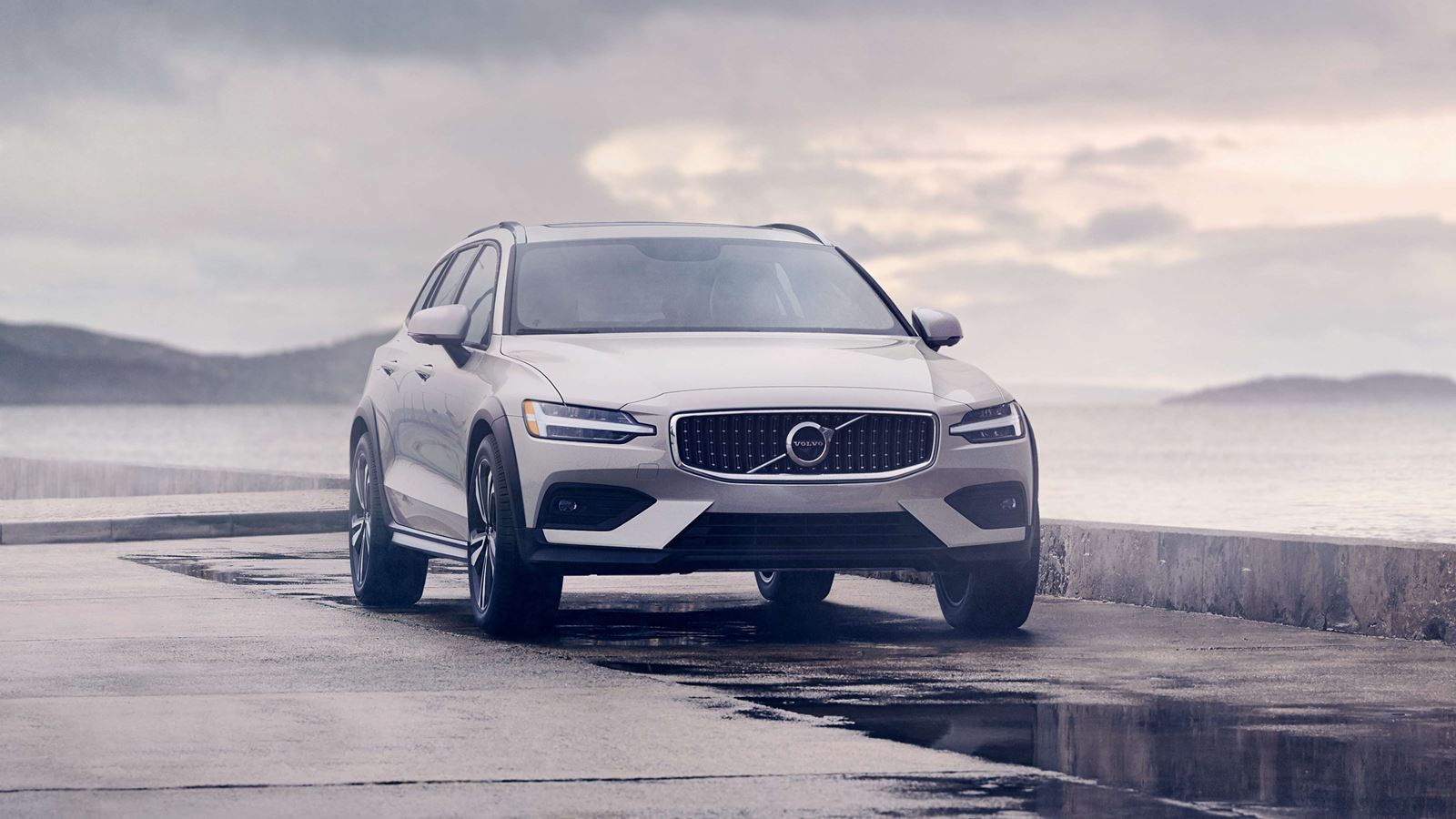 2020 Volvo V60 Cross Country NJ