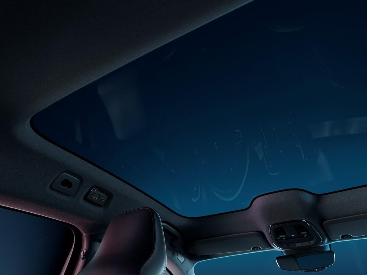Volvo C40 Recharge Moonroof