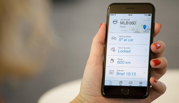 How the Volvo On Call Smartphone App Keeps You Connected to Your Car