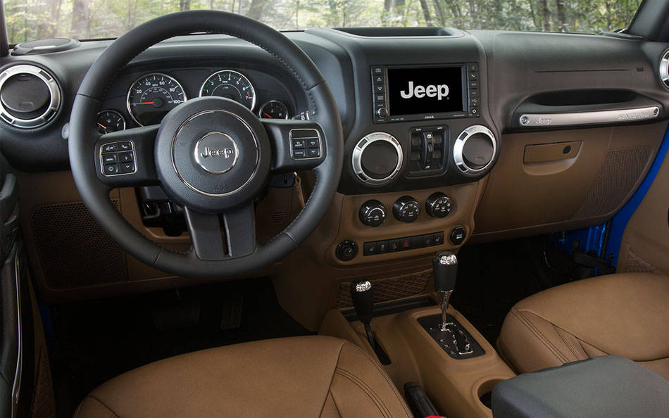 2016 Jeep Wrangler Unlimited Premium Leather Interior