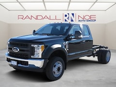 2017 Ford F-450SD Cab/Chassis