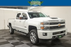 2018 Chevrolet Silverado 2500HD High Country 4WD Crew Cab 153.7 High Country