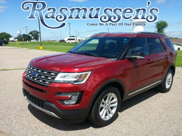 2016 Ford Explorer XLT FWD SUV