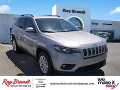 DYNAMIC_PREF_LABEL_INVENTORY_LISTING_DEFAULT_AUTO_NEW_INVENTORY_LISTING1_ALTATTRIBUTEBEFORE 2019 Jeep Cherokee LATITUDE FWD Sport Utility