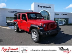 DYNAMIC_PREF_LABEL_INVENTORY_LISTING_DEFAULT_AUTO_NEW_INVENTORY_LISTING1_ALTATTRIBUTEBEFORE 2018 Jeep Wrangler UNLIMITED SPORT S 4X4 Sport Utility