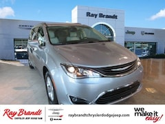DYNAMIC_PREF_LABEL_INVENTORY_LISTING_DEFAULT_AUTO_NEW_INVENTORY_LISTING1_ALTATTRIBUTEBEFORE 2018 Chrysler Pacifica Hybrid TOURING L Passenger Van