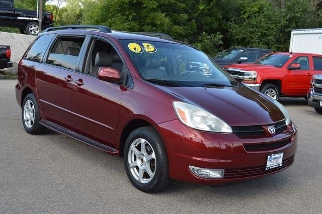 Graphic Source · Used 2005 Toyota Sienna For Sale Antioch IL VIN  5TDBA22C55S047795