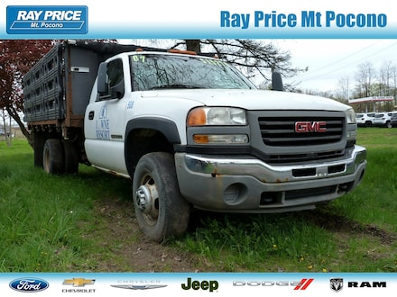 2007 GMC Sierra 3500 Chassis Classic SLE1 Truck Regular Cab