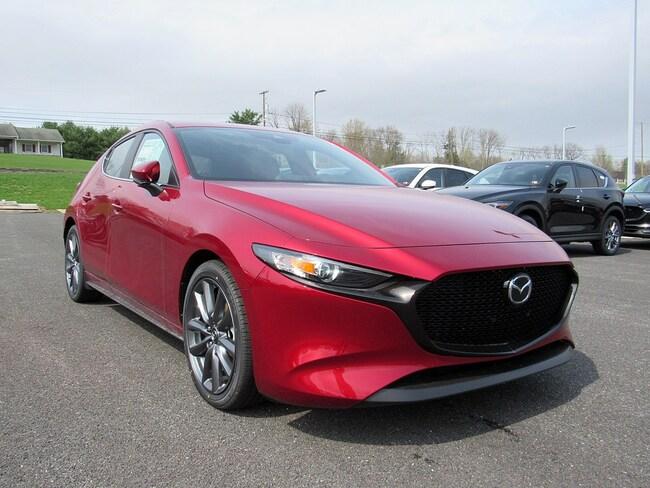 New 2019 Mazda Mazda3 w/Preferred Pkg Hatchback in East Stroudsburg