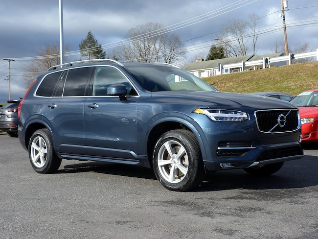 Certified Pre-Owned 2018 Volvo XC90 Momentum SUV For Sale East Stroudsburg, PA