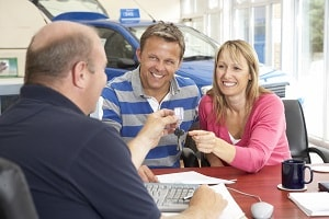 Working with Your Dealership to Finance a Car
