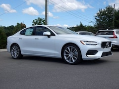 New 2020 Volvo S60 T6 Momentum Sedan in East Stroudsburg, PA