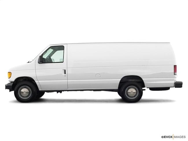 2003 Ford E-Series Cargo E-350 SD Van Cargo Van