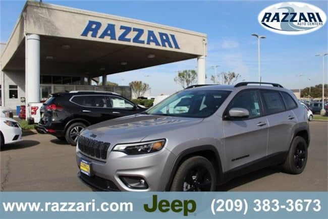New 2019 Jeep Cherokee ALTITUDE FWD Sport Utility For Sale in Merced, CA