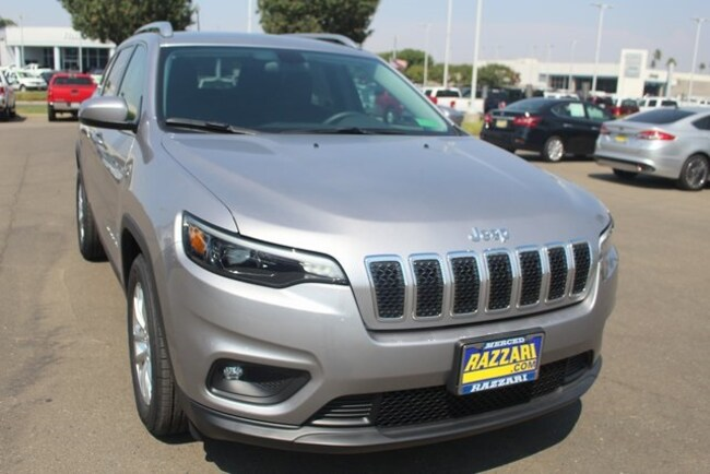 New 2019 Jeep Cherokee LATITUDE FWD Sport Utility For Sale in Merced, CA