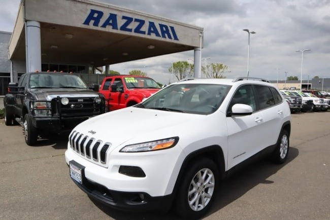 Used 2017 Jeep Cherokee Latitude FWD SUV For Sale in Merced, CA