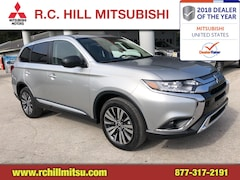 New 2019 Mitsubishi Outlander SE CUV near Orlando and Daytona Beach
