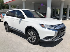 New 2019 Mitsubishi Outlander ES CUV near Orlando and Daytona Beach