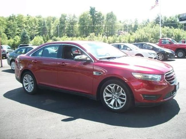 2013 Ford Taurus Limited Sedan