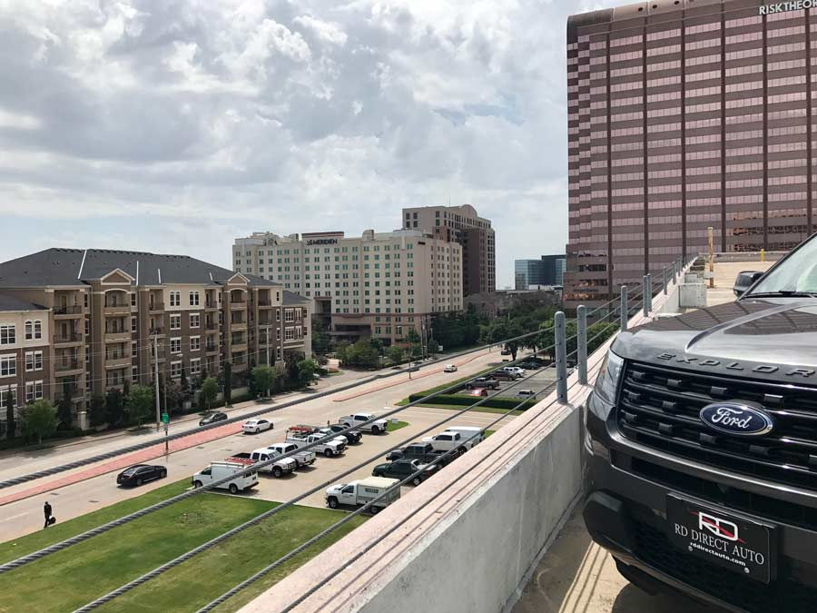 Image shows Ford Explorer in Dallas City and redirects to more information about our dealership, Reagor Dykes Directo Auto of Dallas serving the dallas area used car market