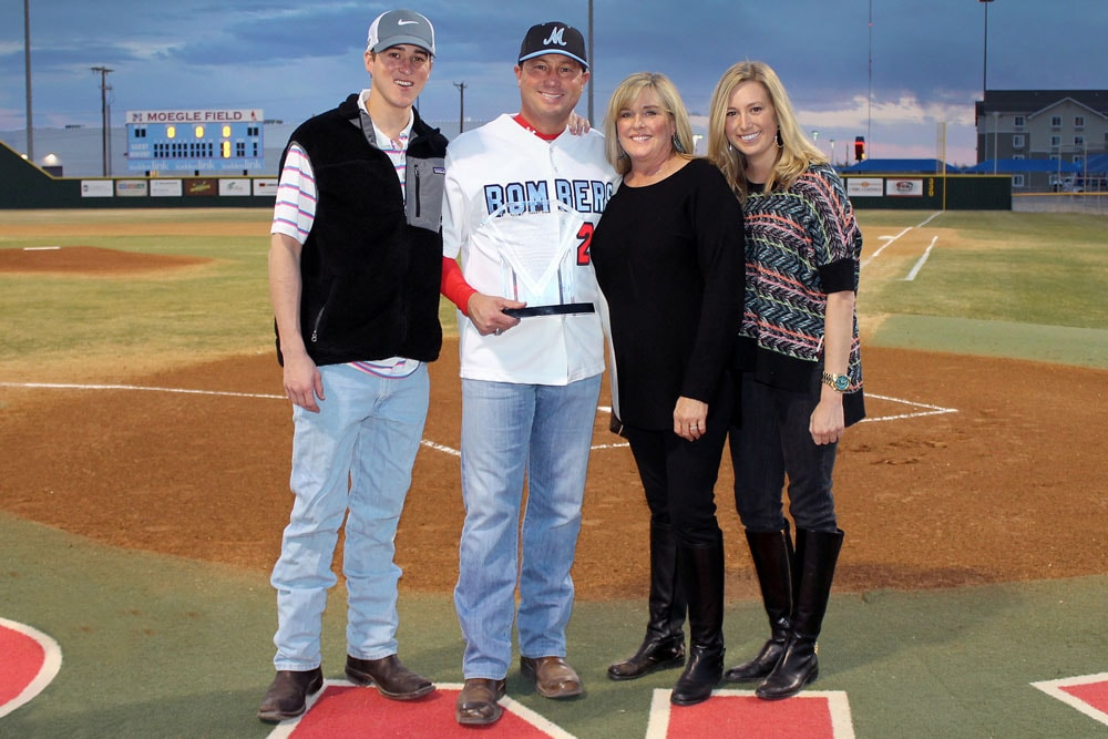 Reagor Dykes Lubbock >> Reagor Dykes Auto Group | Bart Reagor receives the Kal Segrist Award for investment of time ...