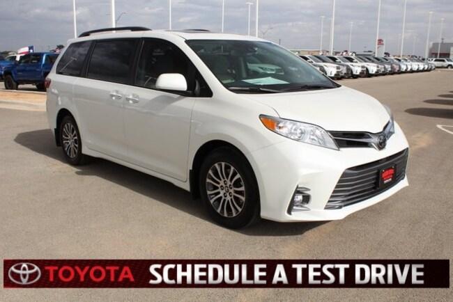 New 2018 Toyota Sienna XLE 8 Passenger Special Edition Van Passenger Van Plainview