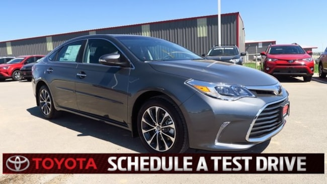 New 2018 Toyota Avalon XLE Premium Sedan Plainview