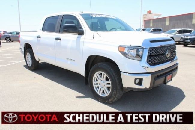 New 2018 Toyota Tundra SR5 4.6L V8 CrewMax Plainview