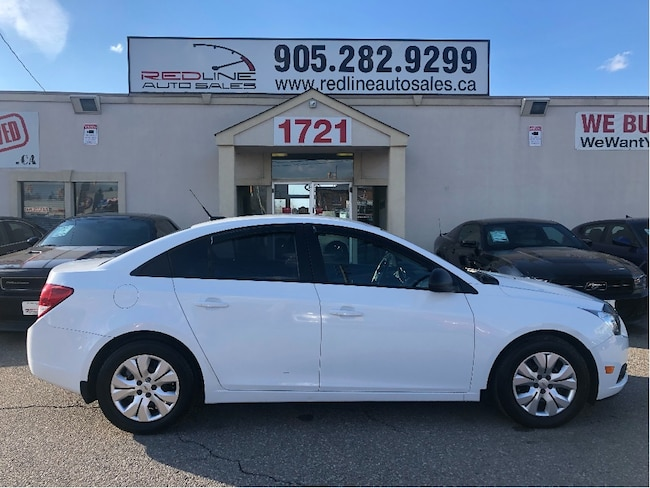 2013 Chevrolet Cruze LS, WE APPROVE ALL CREDIT Sedan