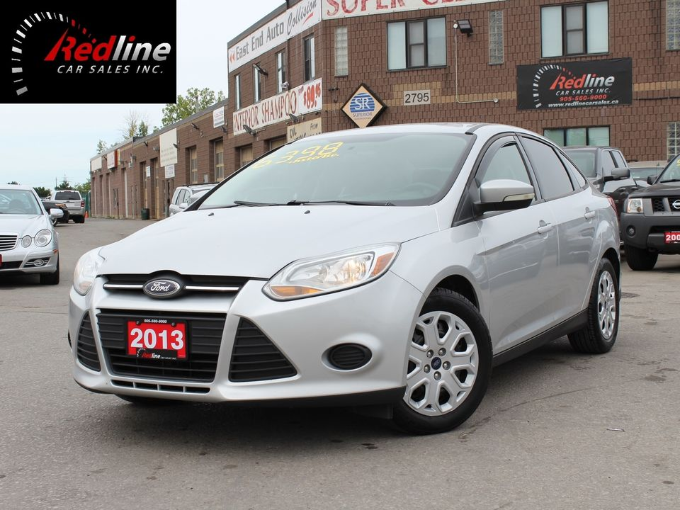 2013 Ford Focus SE SYNC Bluetooth-Accident Free Sedan