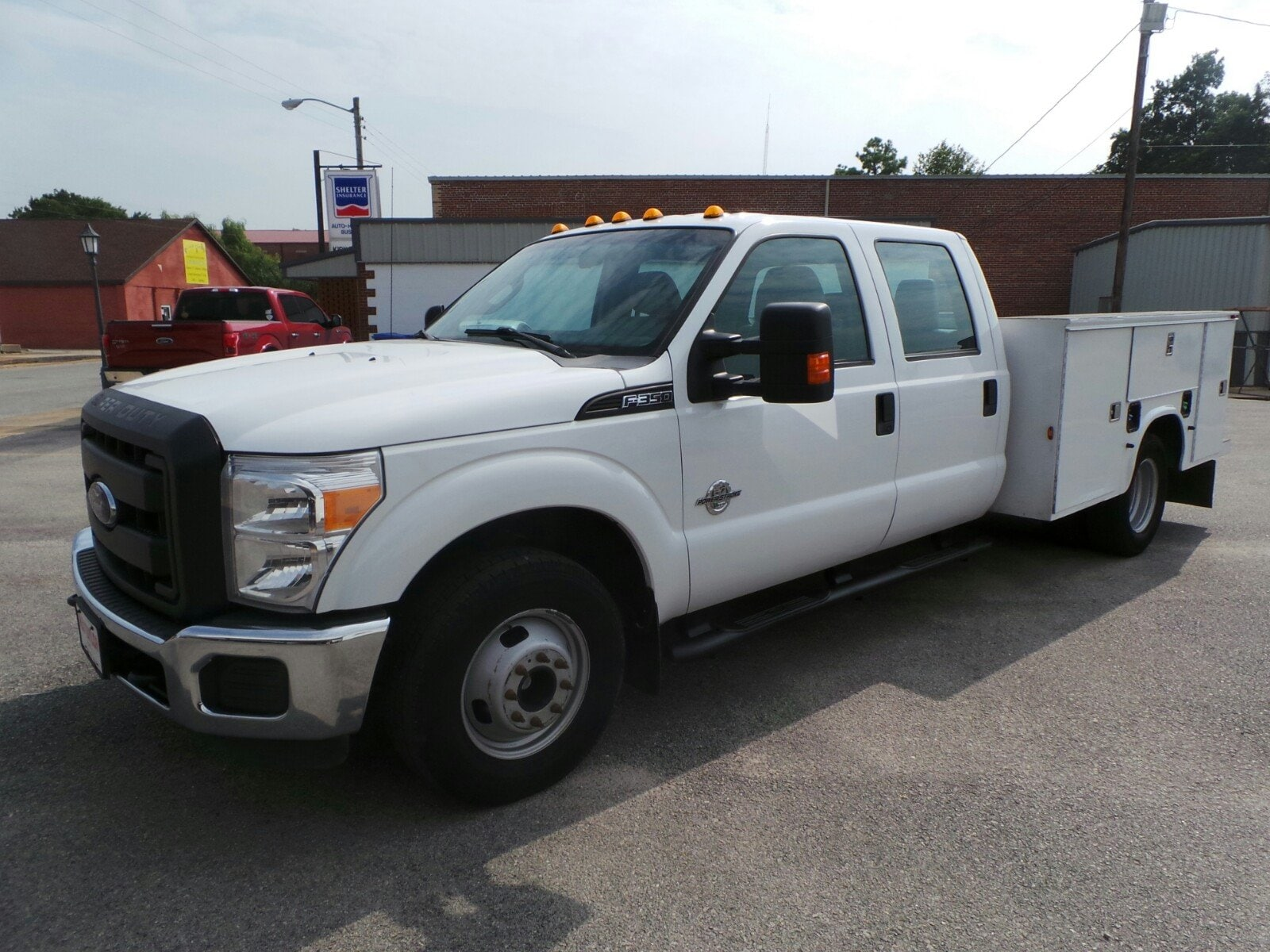 2012 Ford Super Duty F-350 DRW XL 2WD Crew Cab 176 WB 60 CA XL
