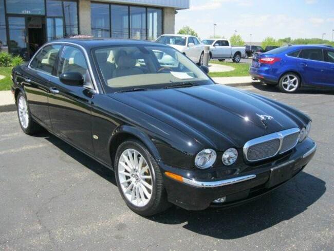 2006 Jaguar XJ XJ8 4dr Sedan Sedan