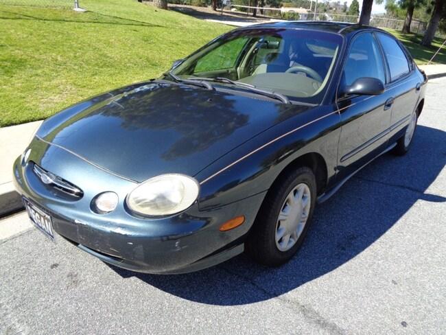 1998 Ford Taurus Sedan