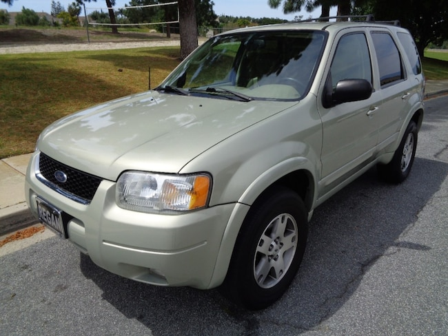 2004 Ford Escape Limited SUV