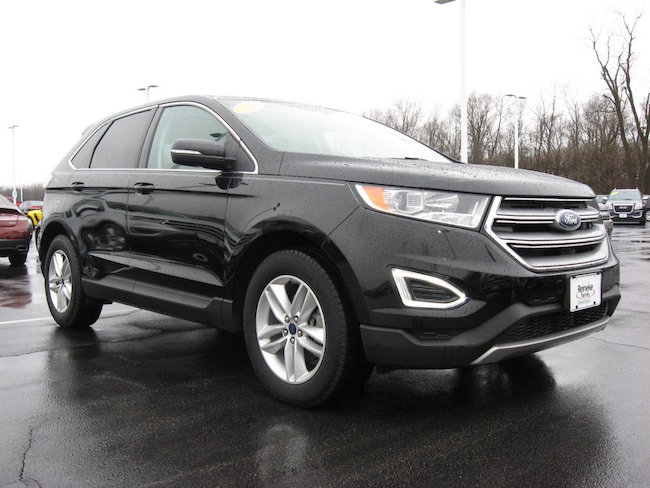 2017 Ford Edge SEL w/ Navigation SEL  Crossover