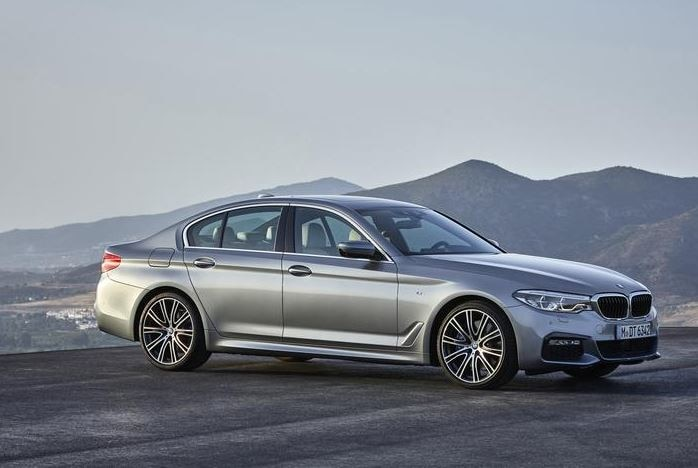 2017 bmw 5 series earns top safety pick plus award