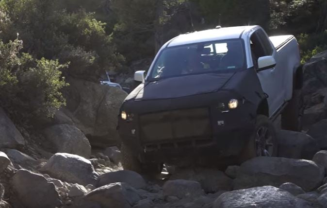 2017 chevy colorado zr2 takes on grueling rock crawling trails